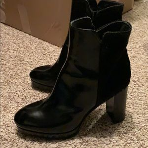 Platform leather/pony hair boots